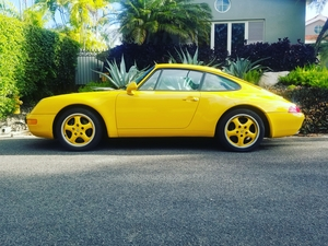 1996 993 CARRERA YELLOW / GREEN INTERIOR