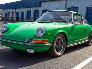 1970 Porsche 911E in Conda Green