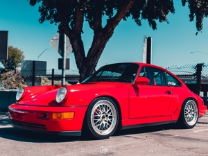 1990 | 964 | Carrera 4 | Guards Red