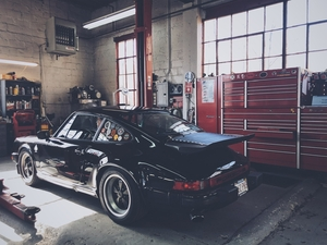 1986 3.2 Carrera. Black is the new Black.