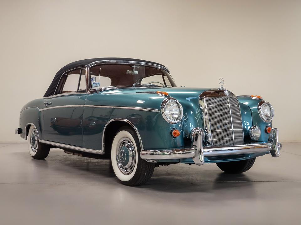 DT: 1959 Mercedes-Benz 220SE Cabriolet