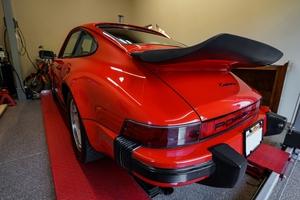 1985 Porsche 911 Carrera RoW