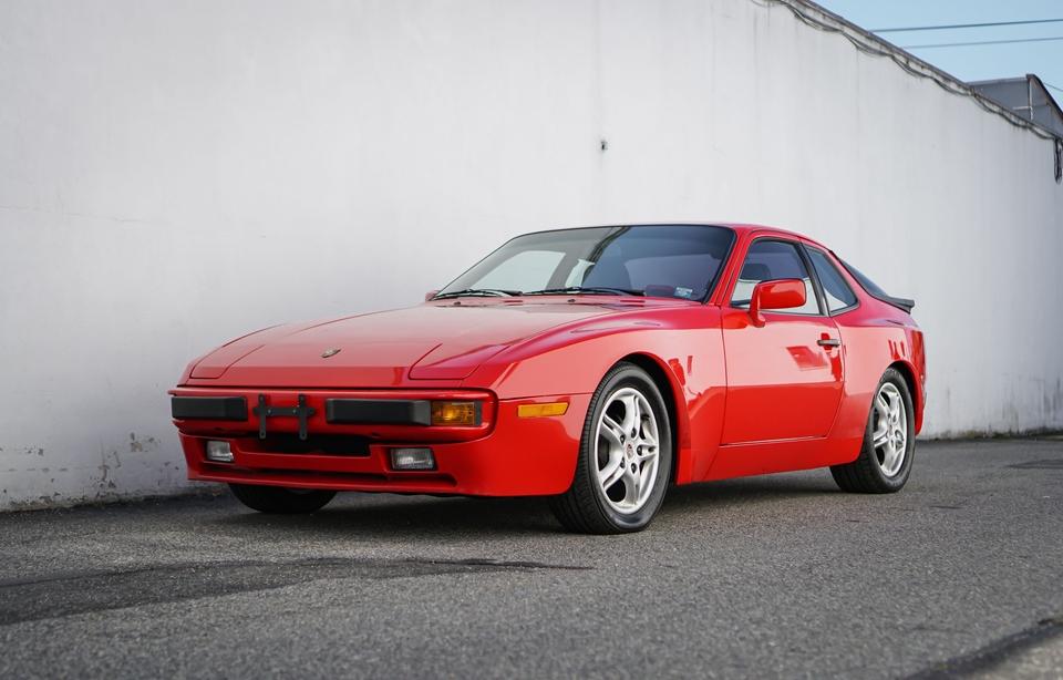 DT: 32k-Mile 1986 Porsche 944 5-Speed