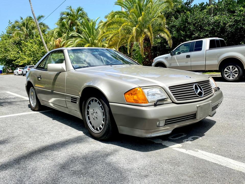 DT: 1992 Mercedes-Benz R129 300SL-24