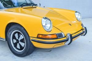 DT: 1972 Porsche 911T Signal Yellow