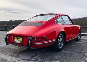 DT: 1976 Porsche 911S Backdate
