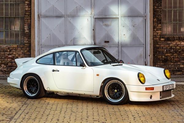 1982 Porsche 911 SC Outlaw