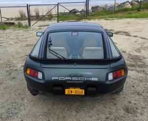 1986.5 Porsche 928 S 5-Speed