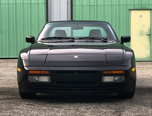 1987 Porsche 944 Turbo 5-Speed