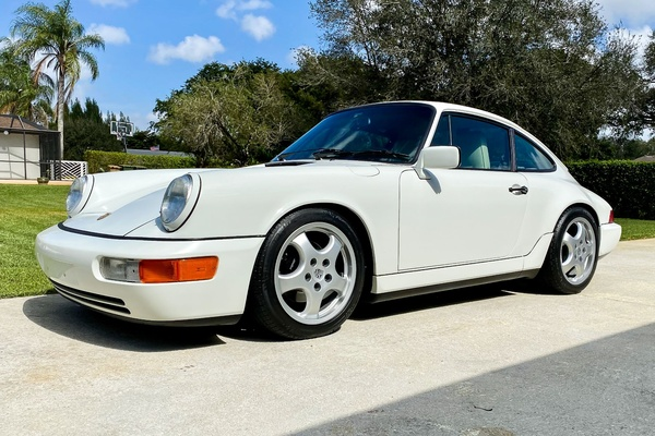 1990 Porsche 964 Carrera 4 5-Speed