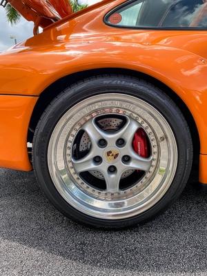 DT: 1995 Porsche 993 Carrera Coupe - GT2 Tribute
