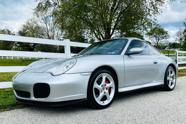 NO-RESERVE 2004 Porsche 996 Carrera 4S Coupe 6-Speed