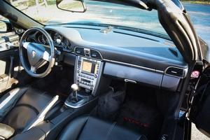 2006 Porsche 911 Carrera Cabriolet 6-Speed