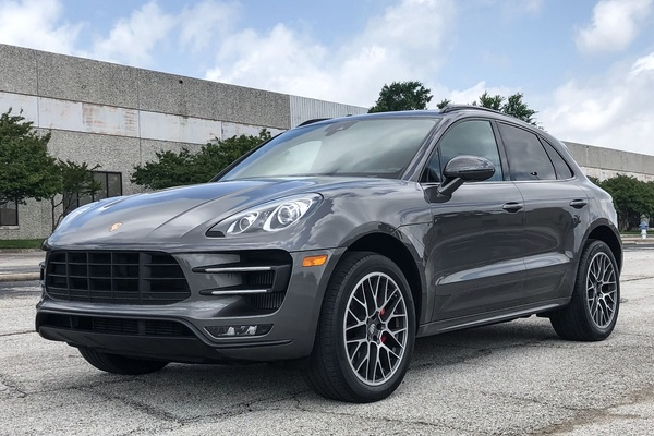 15K-Mile 2015 Porsche Macan Turbo
