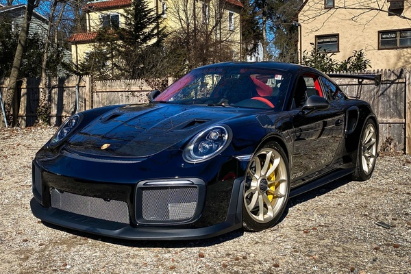 1K-Mile 2018 Porsche 911 GT2 RS Weissach Edition