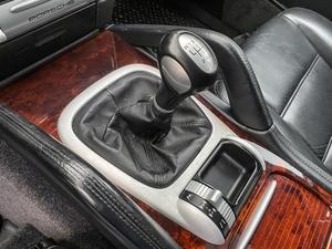 2006 Porsche Cayenne 6-Speed