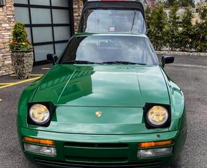 DT: 1987 Porsche 944 Turbo Coupe