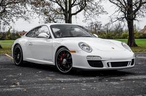 2011 Porsche 997.2 Carrera GTS 6-Speed