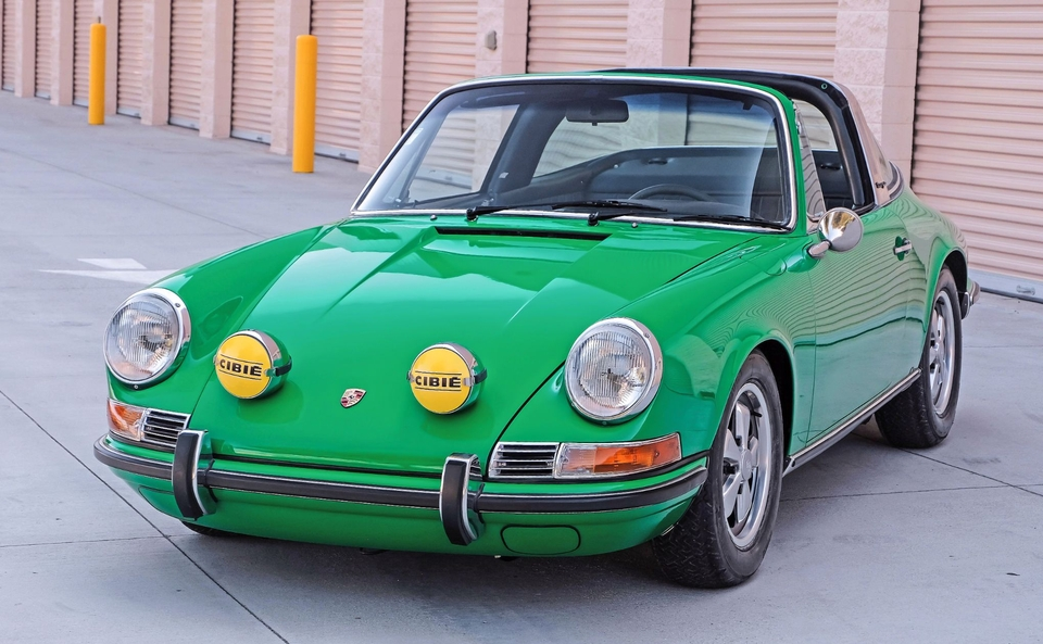 DT: 1970 Porsche 911E Targa Conda Green