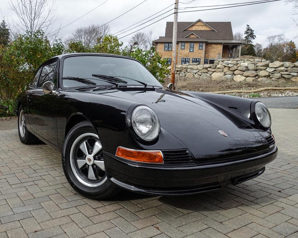 DT: 1967 Porsche 911 Coupe