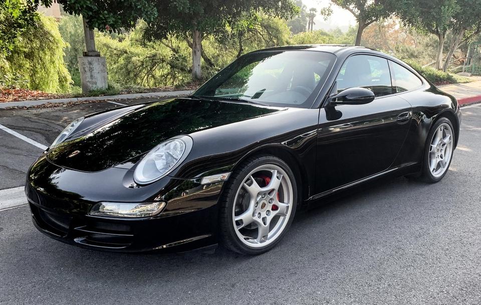 DT: 2005 Porsche 997 Carrera S 6-Speed