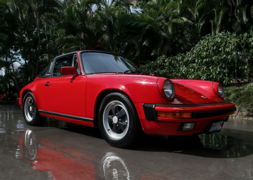 1986 Porsche 911 Carrera Targa 5-Speed