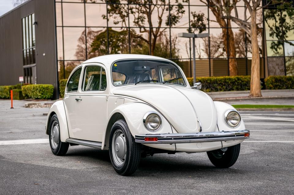 121-Mile 1983 Volkswagen Beetle