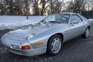 1986 Porsche 928S Automatic