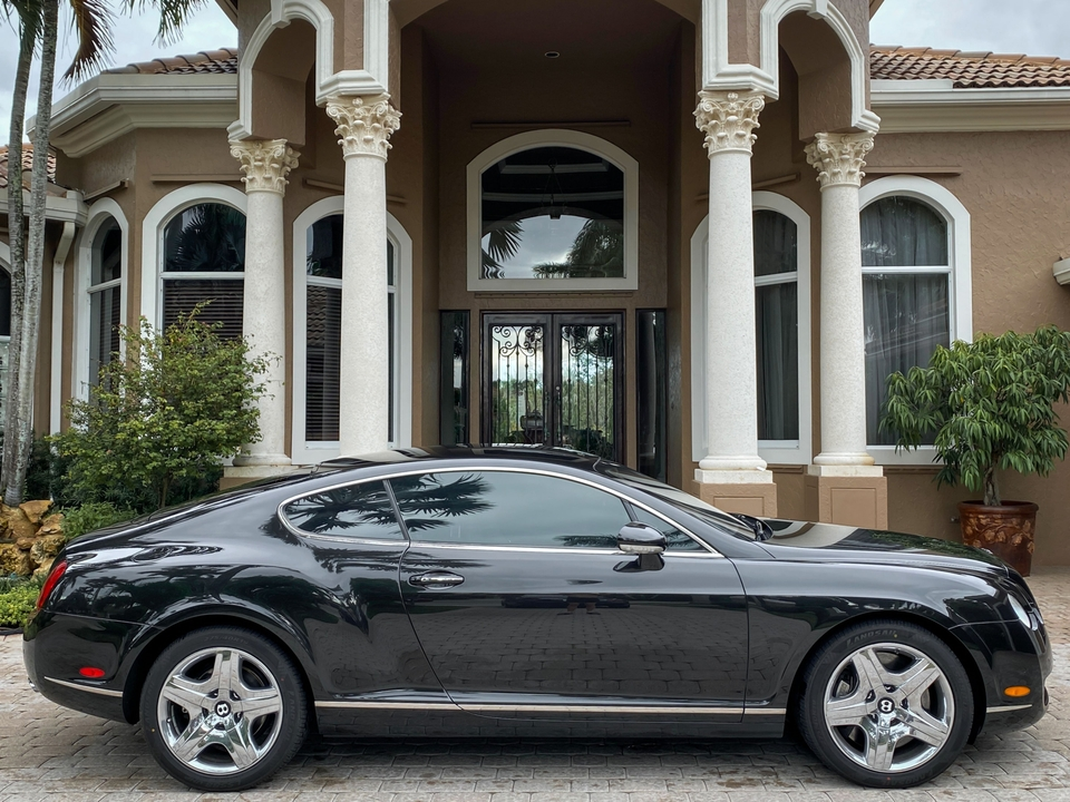 DT: 2004 Bentley Continental GT Coupe