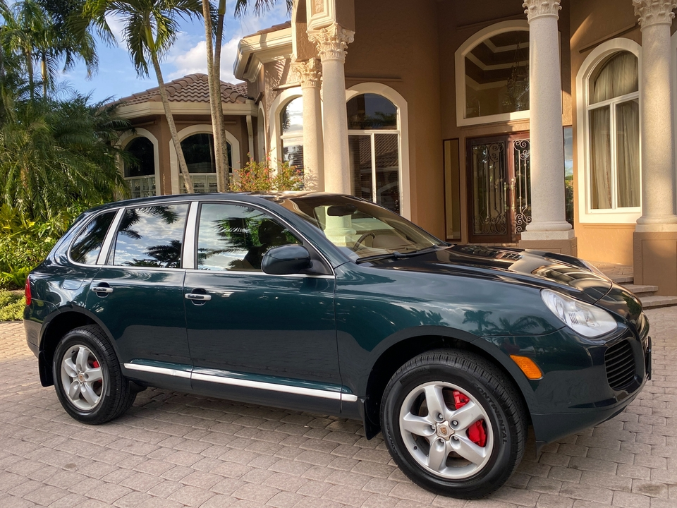 NO-RESERVE 1-Owner 2004 Porsche Cayenne Turbo