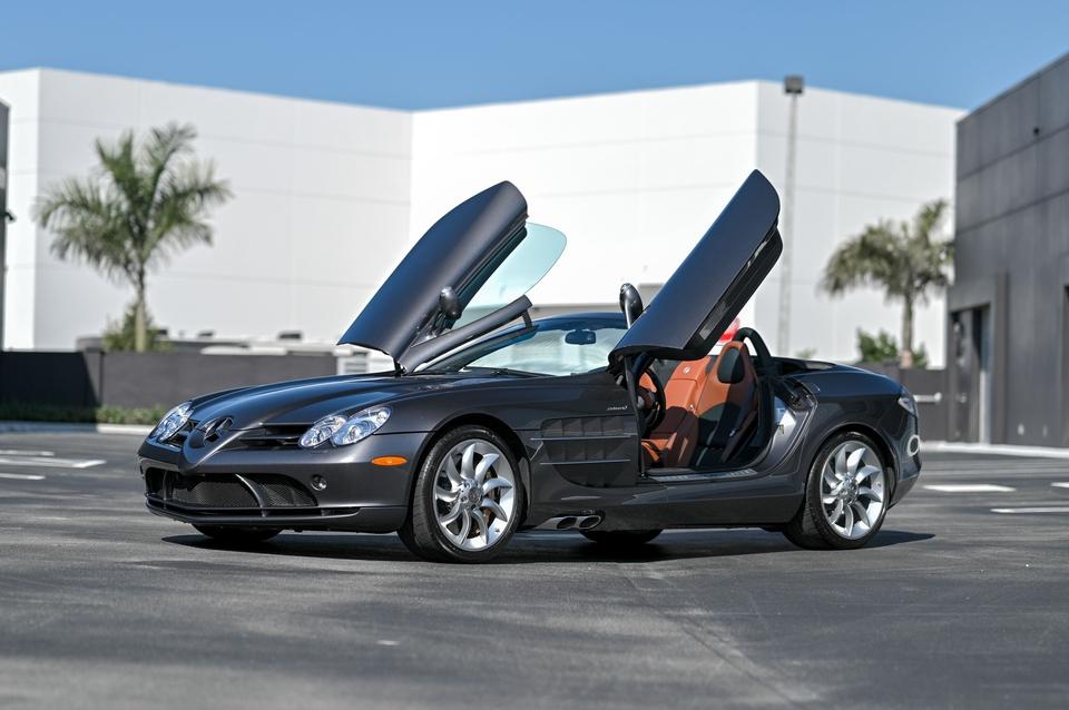 """4,950-Mile 2008 Mercedes-Benz SLR McLaren Roadster """"Saks Edition"""""""