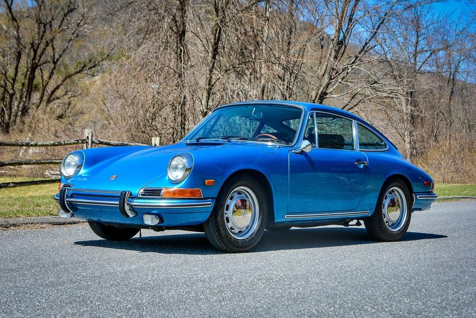 1968 Porsche 912 Coupe Blue Metallic