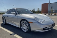 DT: 24k-Mile 2004 Porsche 996 Carrera 6-Speed