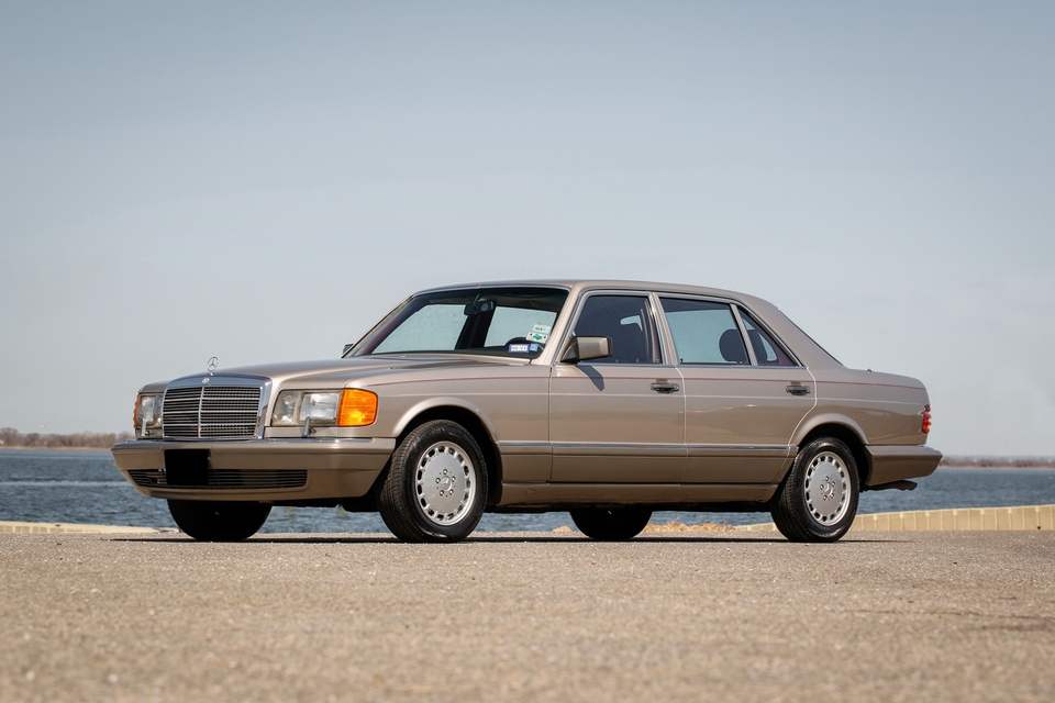 24k-Mile One-Owner 1986 Mercedes-Benz 420SEL