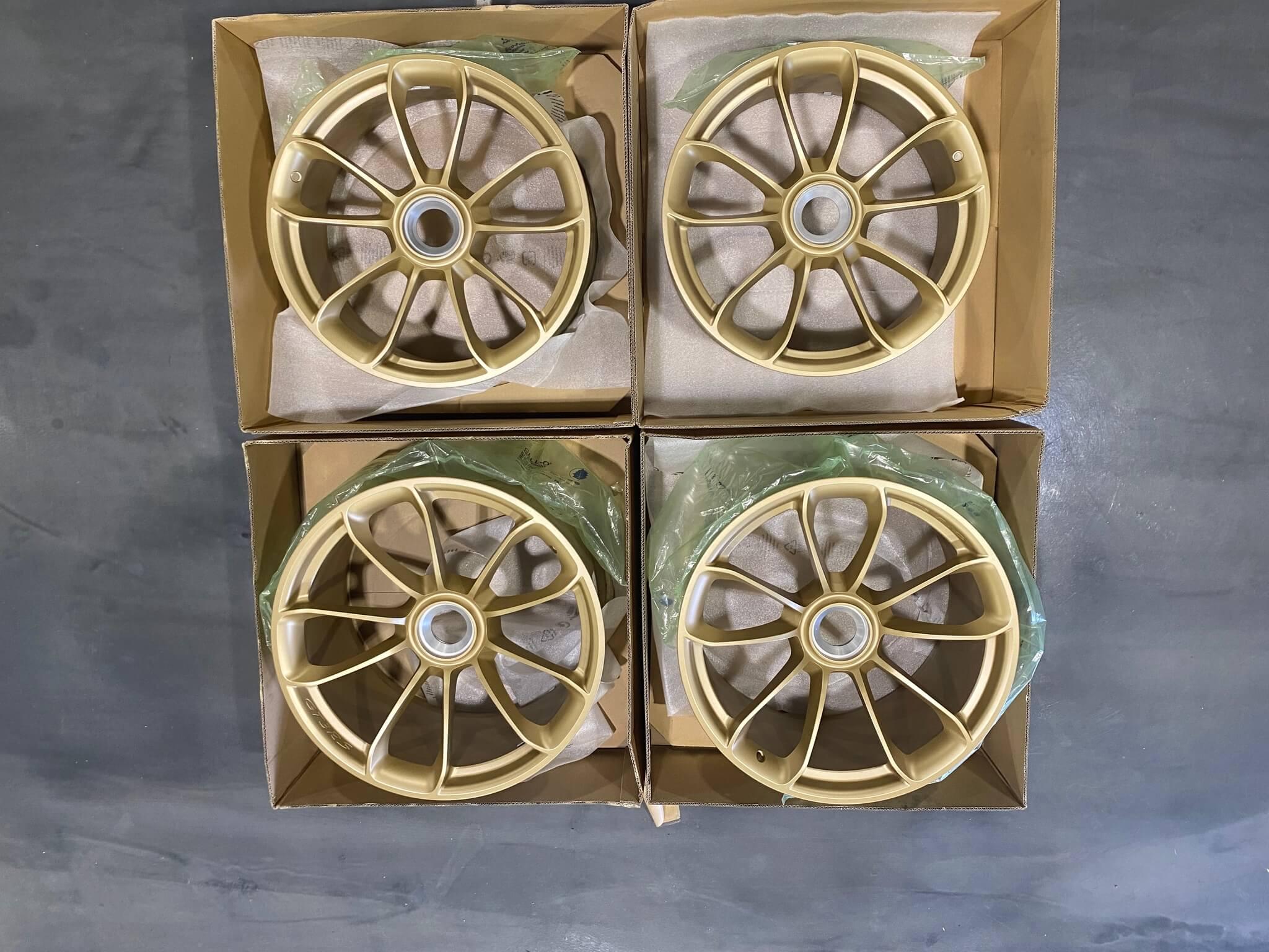 DT: OEM Porsche 991 GT3 RS Wheels