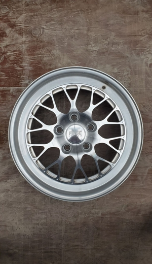 "DT: 19"" Staggered FM10 Fikse Wheels"