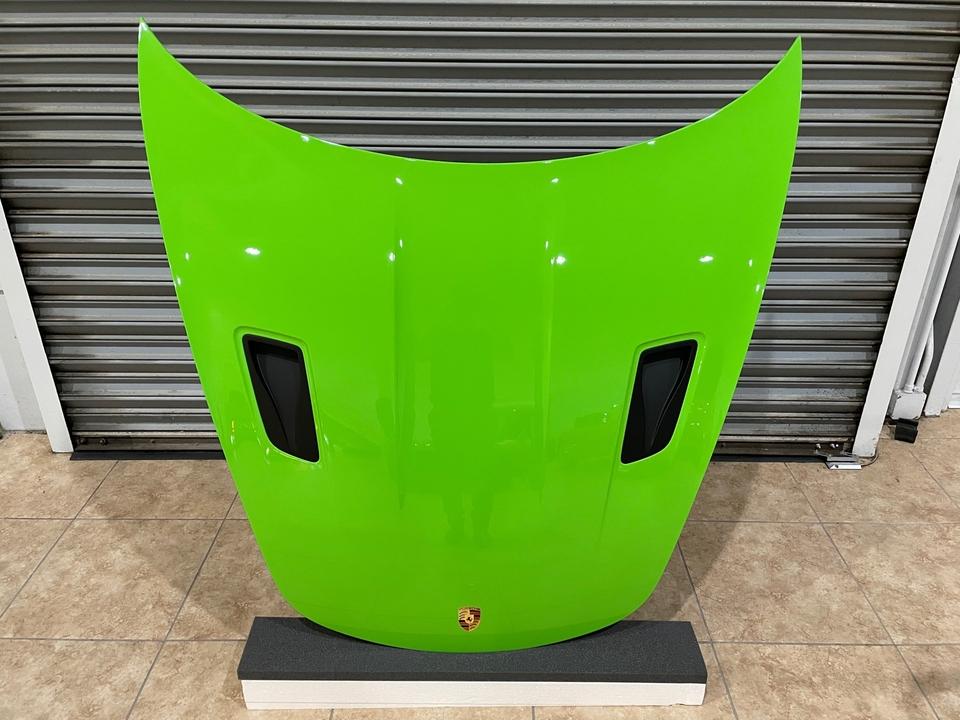 DT: Porsche 991.2 GT3 RS Factory Painted Carbon Fiber Hood