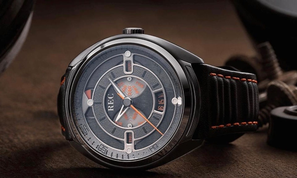 DT: REC 901-03 Mechanical Timepiece /Great Gift