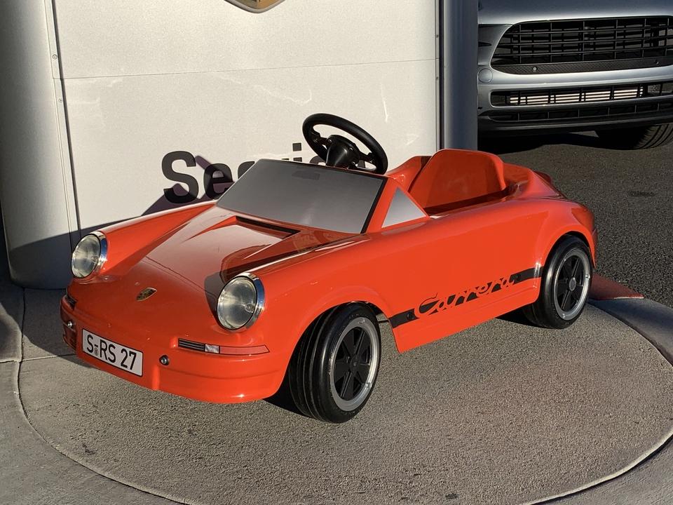 NO RESERVE: Porsche Carrera RS 2.7 Pedal Car