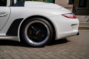 4K-Mile 2011 Porsche 997 Speedster