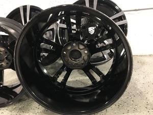 "19"" Porsche Turbo II-Style wheels"